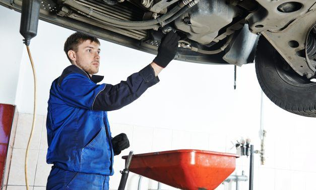 How To Stop  Oil Leak In Your Car Engine At Home Or Office