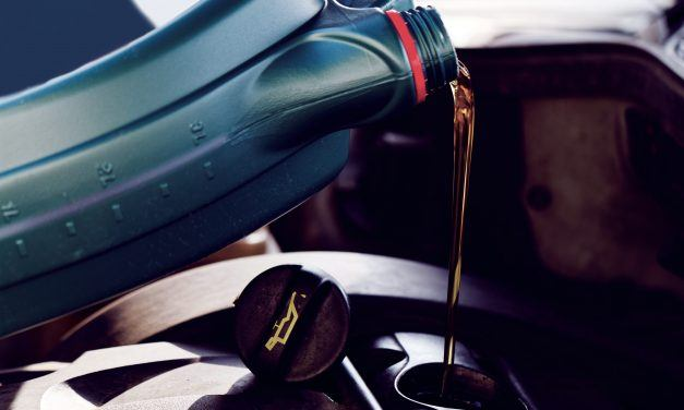 Top Rated 5W30 Oil Types to Get Yourself for Better Engine Performance