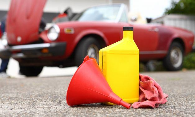 How Many Miles Between Oil Changes? Signs Of Oil Change