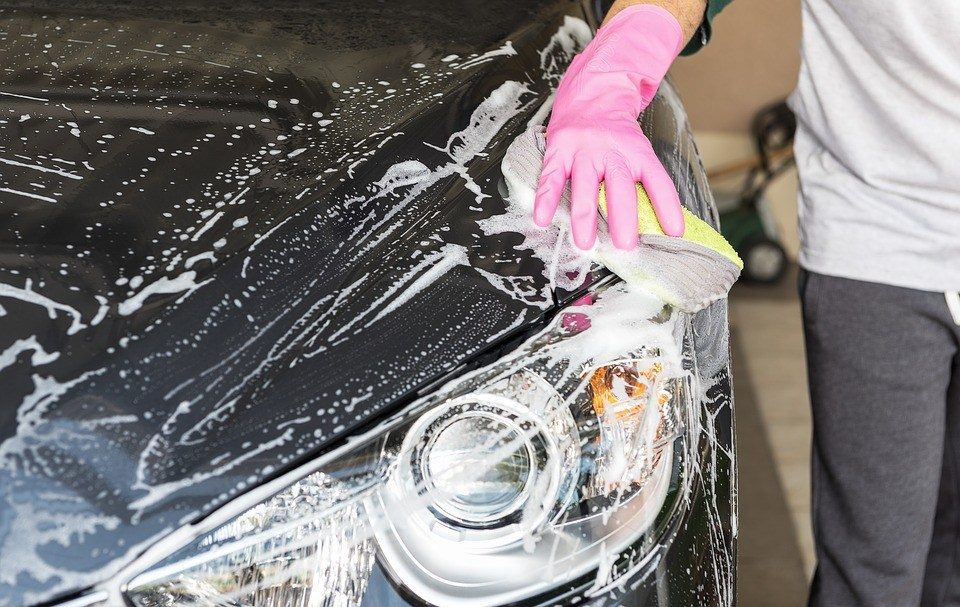 Important Hand Car Wash Tips For Every Motorist