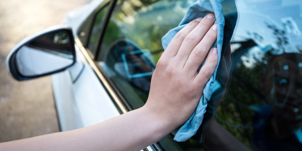 Tips On How To Clean Car Windows Effectively